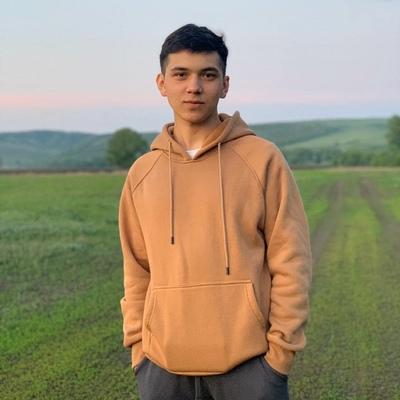 Ильнар Бикбаев