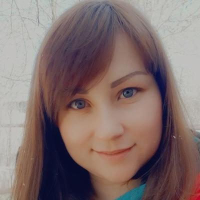 Надя Квинт
