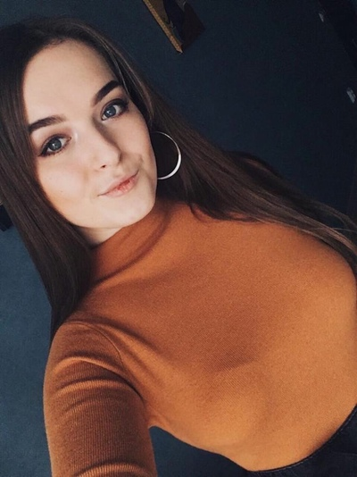 Yesenia Belova