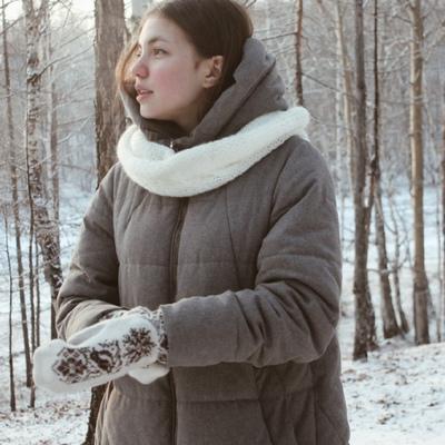 Аня Попова