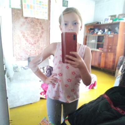 Вероника Адамовская, Владивосток