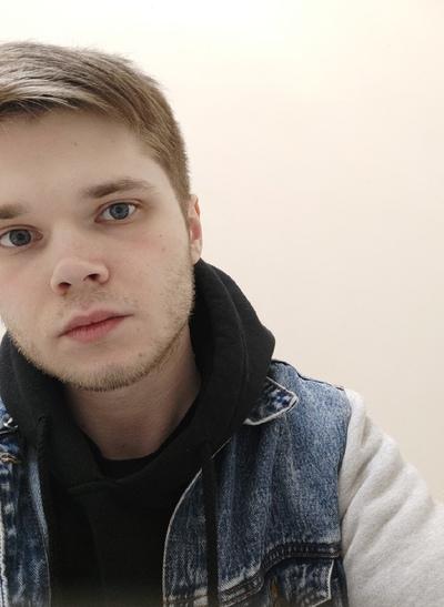 Денис Минаев