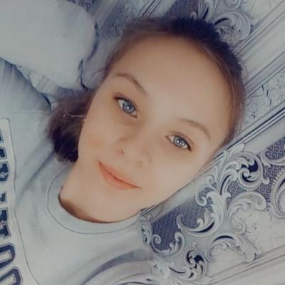 Аня Капустьян