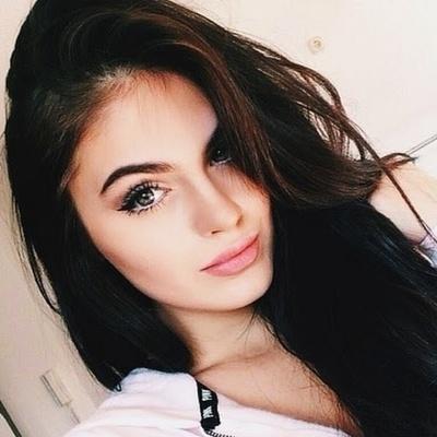Anna Letova