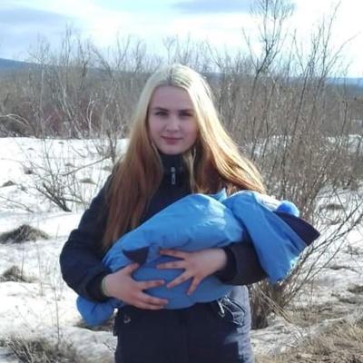 Наташа Булатова