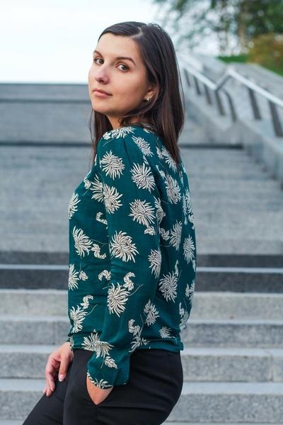 Афина Романова