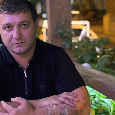 Рамиль Велиев