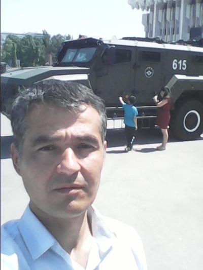 Уткирбек Солиев