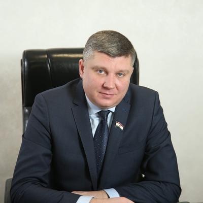 Максим Автаев
