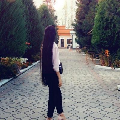 Камола Норова