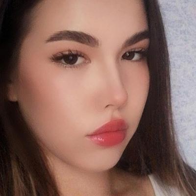 Аня Тенякова