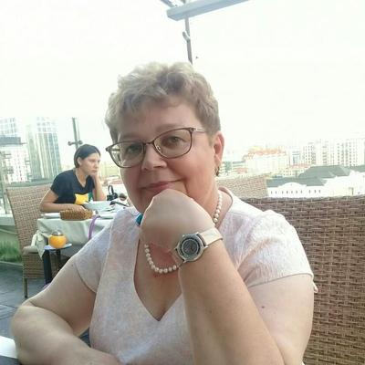 Лариса Хлебникова