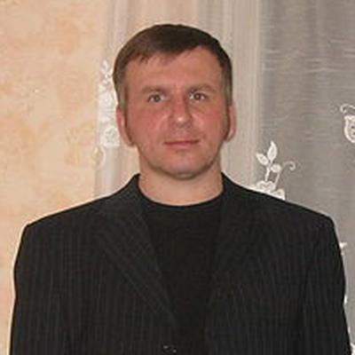 Евгений Комаров, Москва