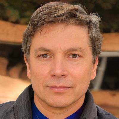 Олег Вулканов, Москва