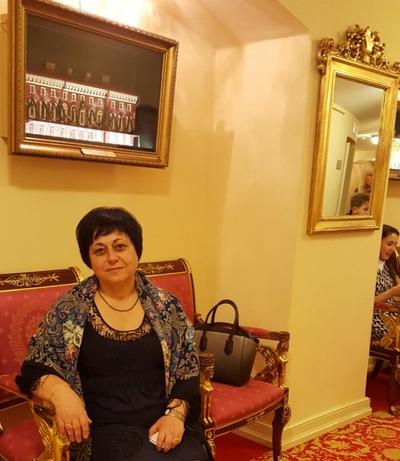 Надежда Кавлак, Санкт-Петербург