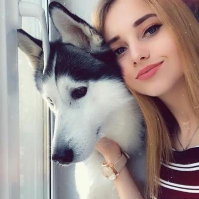 Саша Орлова, Москва